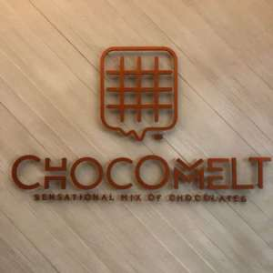 chocomelt-chocolate-and-coffee-shop-promenade-mall-kuwait