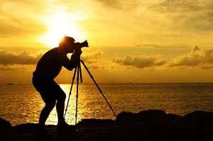 photographer-tree-brotherhood-kuwait