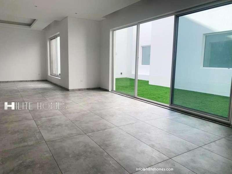 three-bedroom-duplex-with-garden-for-rent-in-salwa-3-kuwait