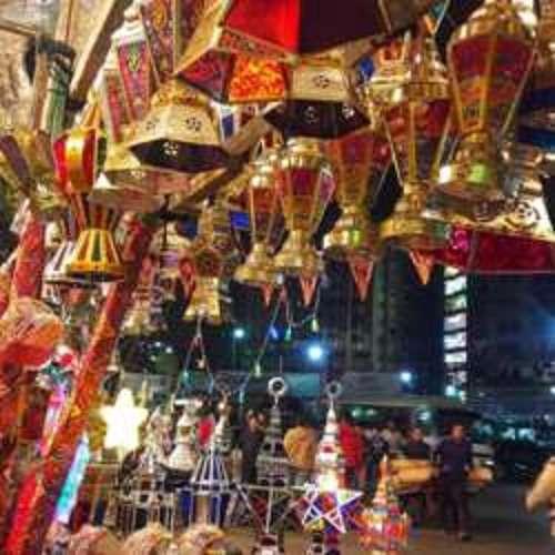a-night-in-al-mo-ez-street-in-kuwait-city-kuwait