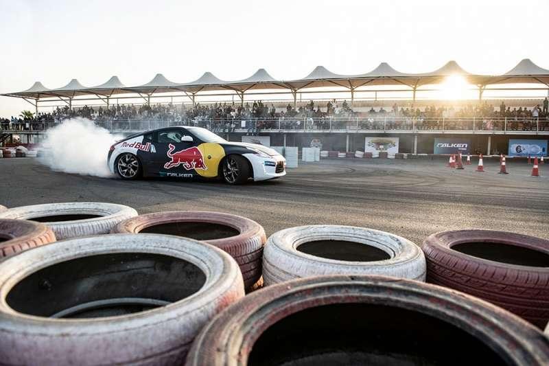 red-bull-car-park-drift-7-kuwait