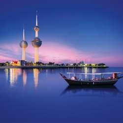 sail-in-moonlight-on-a-seamotor-yacht-kuwait