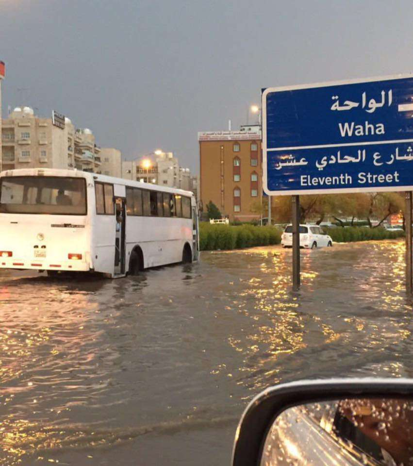 kuwait-flooded-with-water_kuwait