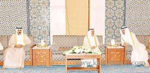 amir-performs-eid-prayers-at-the-grand-mosque-early-on-friday_kuwait