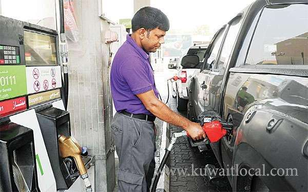 kd-50-monthly-as-compensation-for-rising-petrol-prices-is-unlikely_kuwait