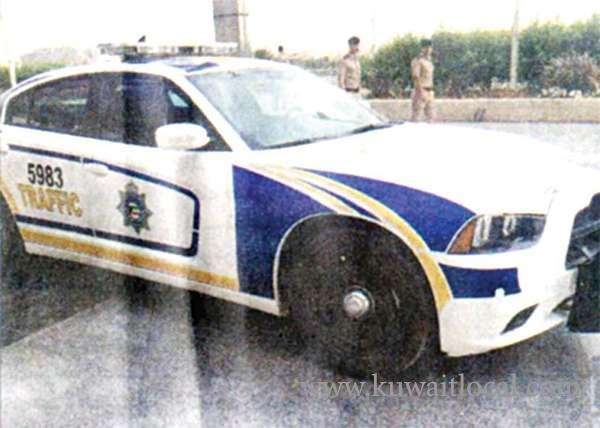 cops-are-looking-for-an-unidentified-drug-addict-for-stealing-a-police-patrol-car_kuwait