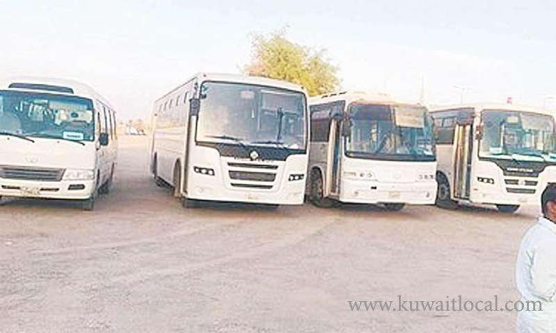 50-buses-impounded-for-violating-traffic-rules_kuwait