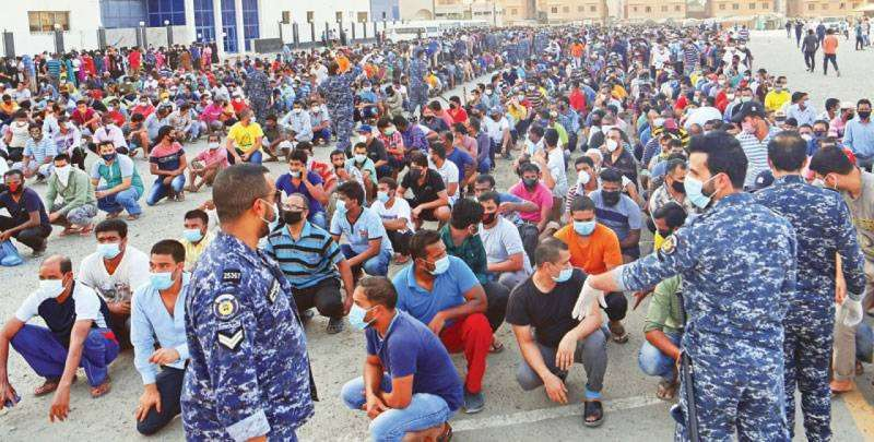 hardship-increased-in-mahboula-due-to-isolation_kuwait