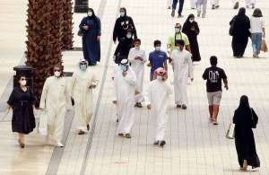 4000-kuwaitis-without-salaries-register-for-public-aid_kuwait