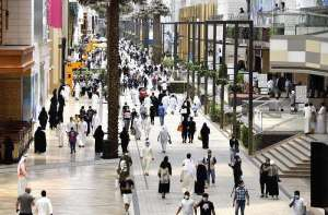 some-businesses-allowed-amid-phase-four-after-the-coronavirus-infection-numbers-stabilized_kuwait
