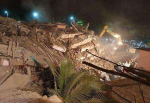 building-apartment-collapses-in-india-trapping-up-to-100-people-_kuwait