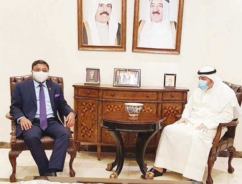 indian-envoy-meets-kuwaiti-official--registration-for-vande-bharat-mission_kuwait