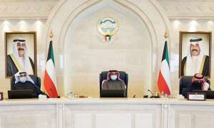 cabinet-decisions-30-percent-staff-in-government-50-percent-staff-in-private-30-percent-capacity-in-public-buses_kuwait