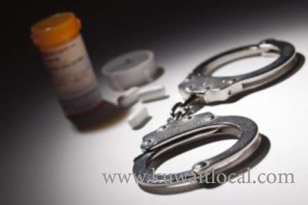 police-arrested-a-cross-dresser-and-a-female-for-possessing-narcotics_kuwait