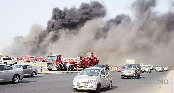 kuwait-firefighters-extinguish-national-guard-co-op-warehouse-blaze_kuwait