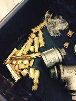indian-trying-to-smuggle-gold-caught-at-airport_kuwait