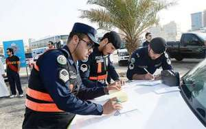 8-referred-to-deportation-,-32-held-for-traffic-violations_kuwait