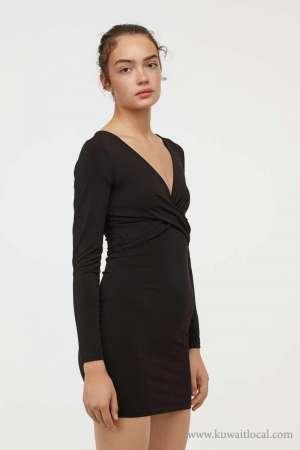 long-sleeved-dress-kuwait